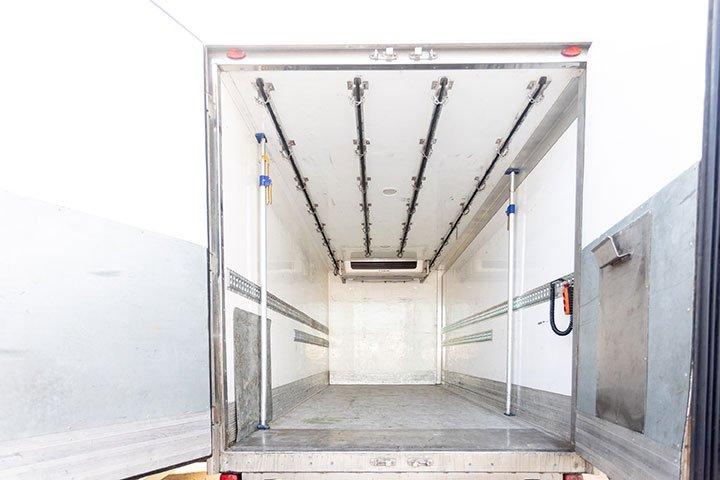interior camión refrigerado